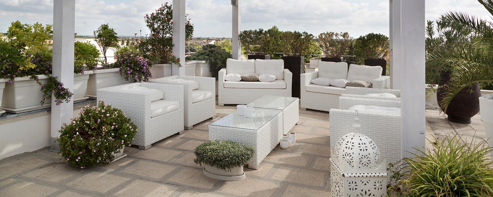 Bicarbonate De Soude Pour Terrasse comment nettoyer le carrelage de sa terrasse ? | guide artisan
